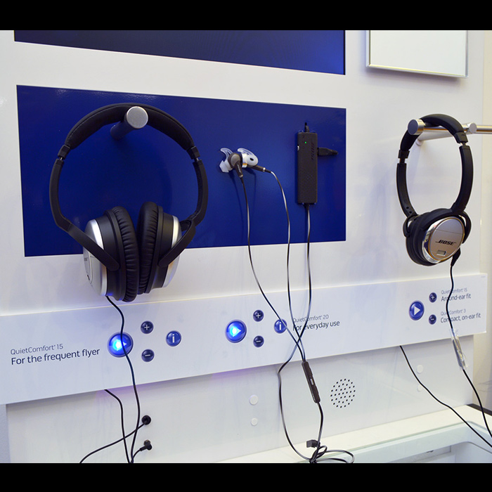 Bose Headphone Display POP Electronics