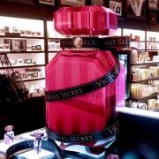 Victoria's Secret Bombshell Display POP